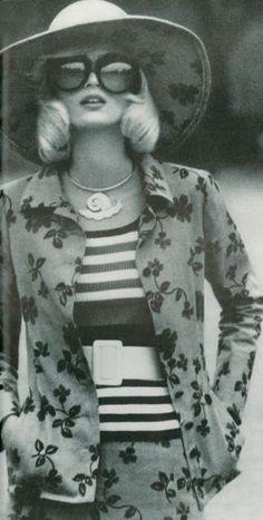 Photo by Helmut Newton, 1969.