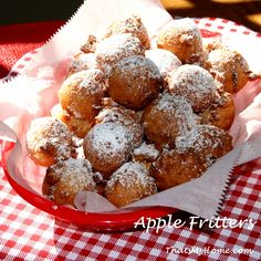 How to Make Apple Fritters » Recipes, Food and Cooking #applefritters #fritterrecipes