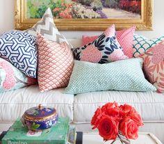 comfy couches, mixing patterns, pillow patterns, color combos, color schemes, mixed prints, color patterns, color combinations, throw pillows
