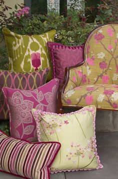 Pillows, Custom Throw Pillows, Outdoor Pillows Image: calicocorners.com