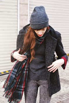 LoLus Fashion: Gorgeous All Grey Outfit With Plaid Scarf I Love T...
