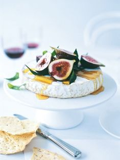 Figs with brie: simple last minute entertaining treats via Donna Hay