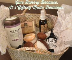 See how MomTrends got personal with this homemade gift basket for mom #mothersday #givebakery