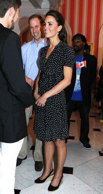 Catherine Middleton, Duchess of Cambridge, in Issa