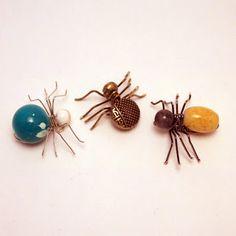5 DIY Tutorials for Creating Delicate Beaded Spiders
