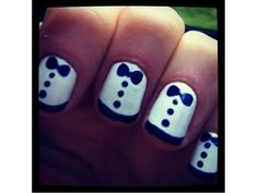 wedding nails, bow ties, bow nails, bows, zooey deschanel, beauty, black tie affair, black pants, tuxedo nail