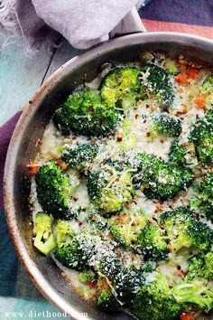 Skinny Cheesy Broccoli Casserole