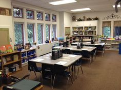 Classroom Design Tips & Organization Ideas ~ Tons of Photos (my classroom space!):     http://www.kleinspiration.com/2012/09/bringing-garden-inside-look-inside-my.html