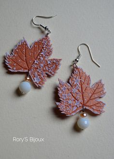 WINTER WONDERLAND |Polymer clay leaf earrings with delicate faux embroidery. By Rory's Bijoux
