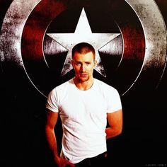 Captain America / Chris Evans