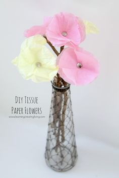 Spring Fling: DIY Tissue Paper Flowers