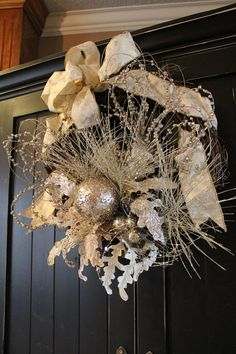 Gold Christmas 18 inch Grapevine Wreath by SuzyPetalPusher on Etsy