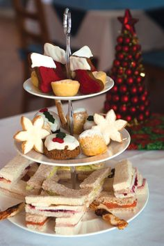 Christmas Afternoon Tea is so cute! #Christmas #AfternoonTea