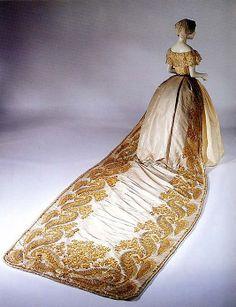 Court Dress & Gold-Embroidered Train, British, c. 1850. costum, court train, artworks, british, histor fashion, dress, castles, 1850, gown