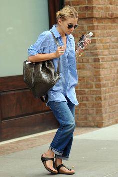 denim shirt + boyfriend jeans