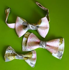 Incredible (and seemingly easy) way to make a personalized and adorable bow tie for your cute kiddo.  You can also make a matching barrett for a girl.  Elegant and Lovely too!