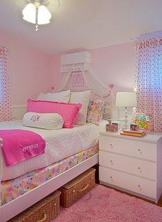 The little canopy makes this a princess room.
