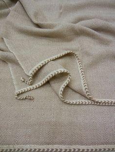 DAKAR dark linen  59x79, handwoven 100% baby alpaca