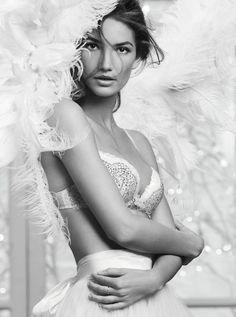 LOVE Victoria's Secret Angel