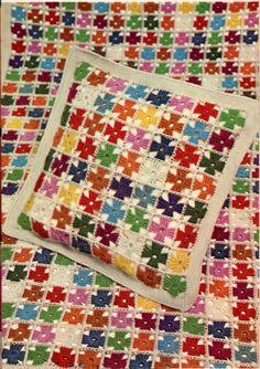 Retro Pinwheel Blanket & Pillow Set