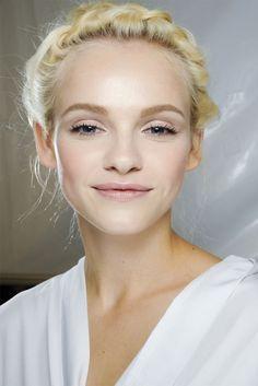 pretty light, luminous makeup