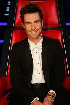 Loving the bowtie! The voice, team Adam all the way!!
