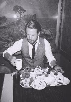 Ryan Gosling + cakes and coffee