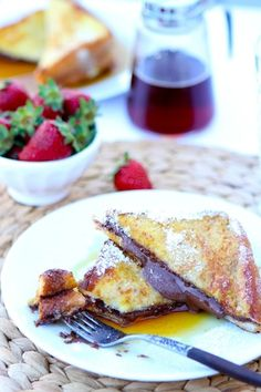 Nutella Stuffed French Toast Recipe on twopeasandtheirpod.com @Maria Canavello Mrasek (Two Peas and Their Pod)