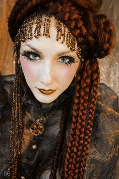 Gypsy #HalloweenMakeup #Halloween #makeup #party #HalloweenIdeas #beauty #HalloweenCostume #ideas #costumes #inspiration #crafts #DIY #howto #tutorial