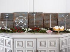 Driftwood Holiday Signage - 10 Coastal-Inspired Holiday Decorating Ideas on HGTV