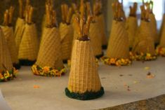 Thanksgiving teepees cupcakes