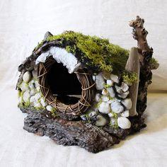 Nature Hobbit House fairi hous, hobbit houses, hobbit birdhouse