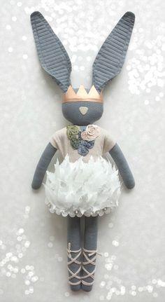 ::Fabric Bunny - blog Navy Plum::