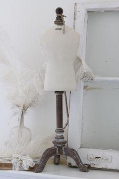 Paris Chic Dressform Mannequin