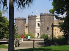 Castel Nuovo, Naples. Built by Charles 1 of Anjou in 1279.