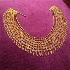 Beautiful #Gold #Necklace Collar by http://www.MunnuTheGemPalace.com/ Jaipur | v @LoveGoldLive ~ LoveGold.com