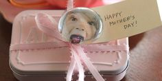 Mother's Day Photo Bubble Magnets!  -  Pinned by @PediaStaff – Please Visit http://ht.ly/63sNt for all our pediatric therapy pins