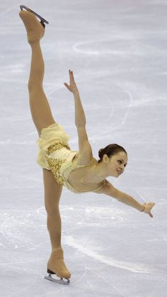 """Sasha Cohen performing her """"Romeo and Juliet"""" long program at the 2006 US Nationals"""