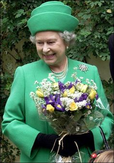 ...with class! #queen #hat