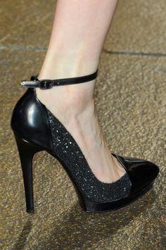Donna Karan Fall 2012 - Details