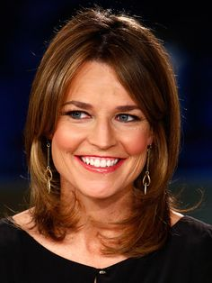 Famous Tv New-caster Savannah Guthrie with her Face-Framing Layered Hairdo.