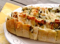Cheesy Pesto Pull-Apart Bread