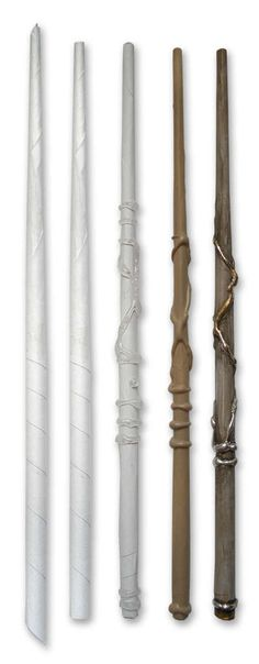 Make an Awesome Harry Potter Wand From a Sheet of Paper and a Glue Gun