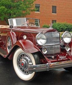 1932 Packard Convertible Victoria