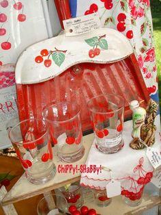 cottag, vintag kitchen, cherri kitchen, glass, cherries jubilee, vintag cherri, vintage kitchen, dust pan, retro kitchens