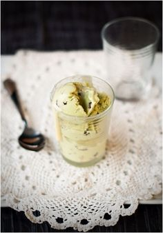 Avocado Chocolate Bits Frozen Yogurt : notesfrommyfooddiary
