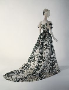 Evening dress, 1898–1900, House of Worth (French),Silk