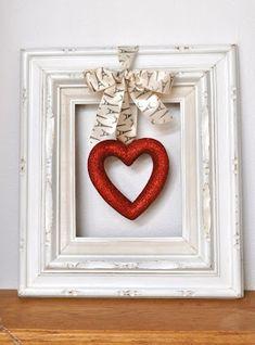 Framed heart wreath = Adorable! #wreath
