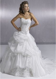 Sexy Ball-Gown Sweetheart Chapel Train Organza Satin Wedding Dress with Lace Beadwork