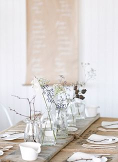 table decorations, table settings, nature table setting, mesa, natur tabl, simpl natur, simple centerpieces, little flowers, tabl set